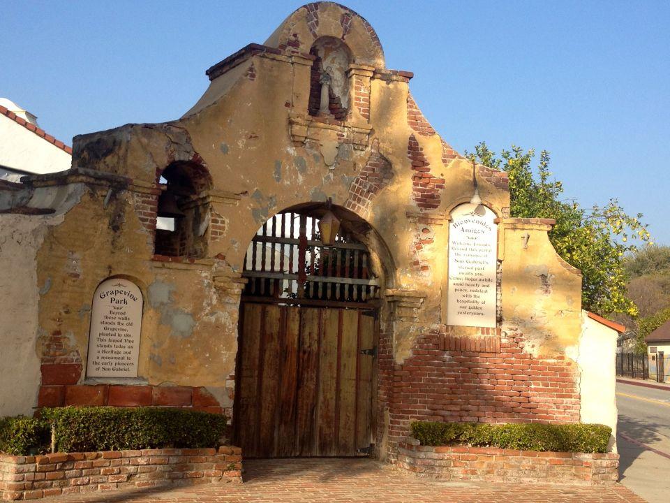 Entrance to Grapevine Park